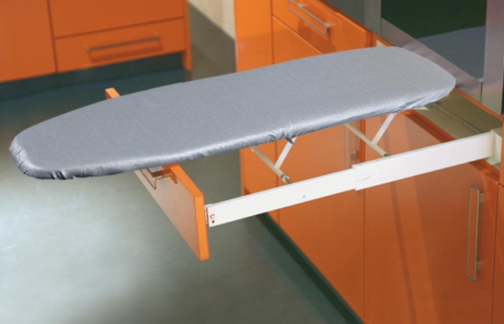 Planche repasser ironfix montage derri re la fa ade de tiroir dans la b - Planche a repasser escamotable ...